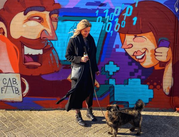 Wandelen met de hond: doe een street art tour